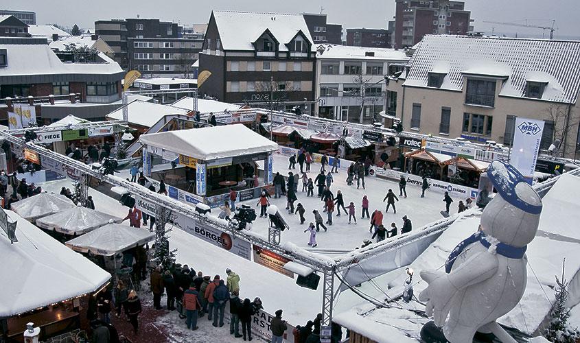 Eisbahn Neumarkt